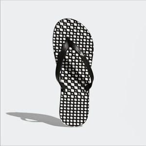 Womens adidas Eezay Flip Flop sz 7
